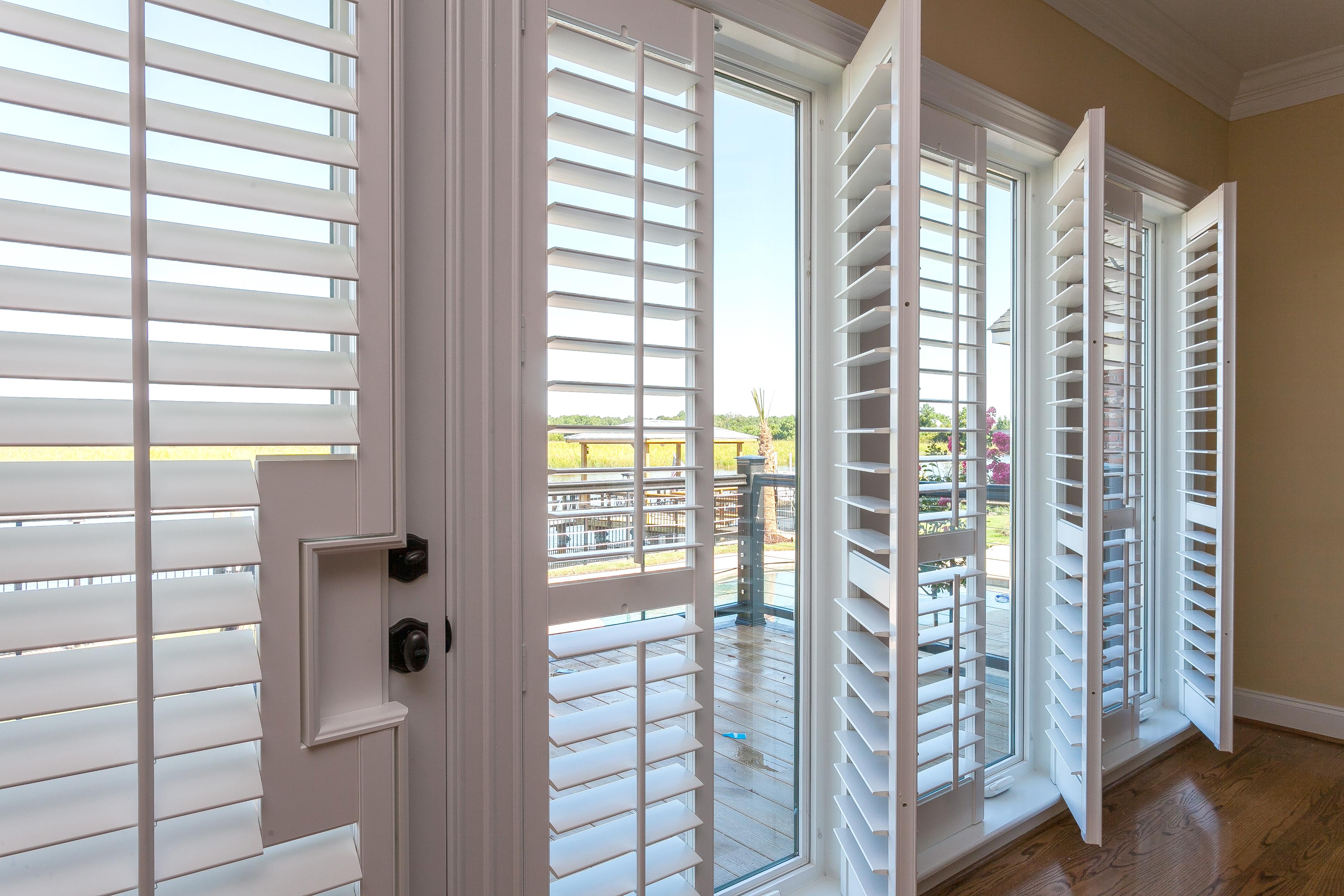Siding, Windows, And Doors. DSCN0665 CBMurray_1004DominionDr_Fall15_11